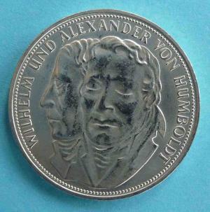 """5 DM Gedenkmünze """"Wilhelm und Alexander von Humboldt"""""""